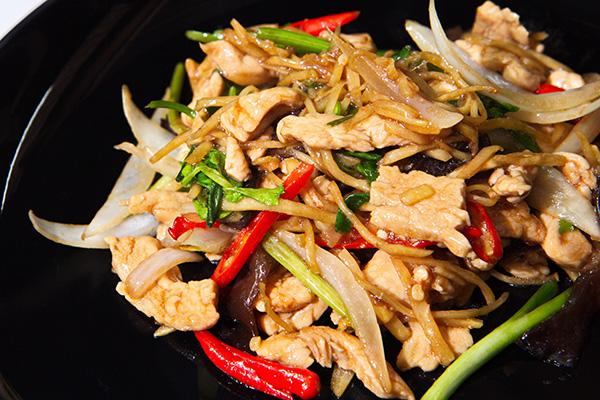 Kai Phad King; waarom deze kip met gember zo gezond is…